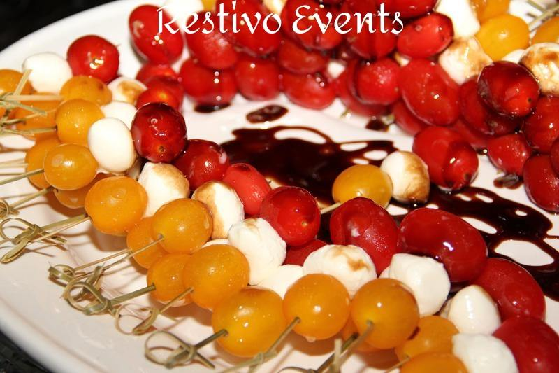 F29 - Red and Yellow Tomato Caprese Skewers with Balsamic Syrup Dip