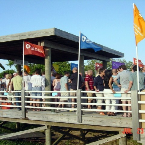 sc1-hamptons-events-beach-party-scene