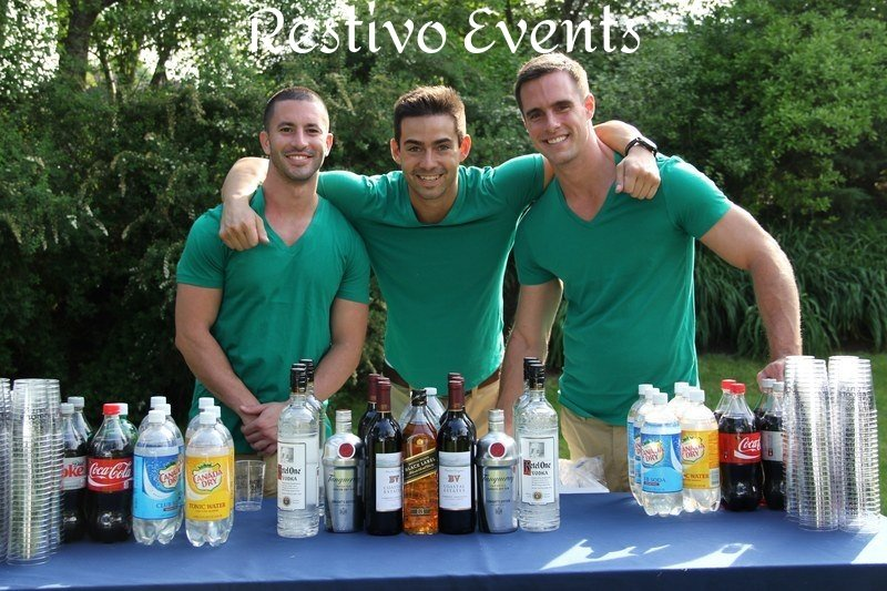 S16 - East Hamptons -  Outdoor Event Bartenders with Model Good looks