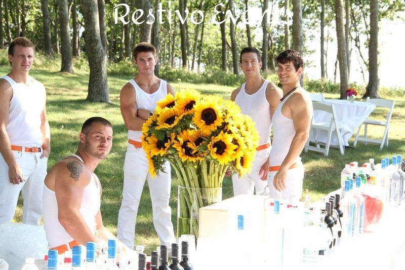 S25 - Hamptons Bartenders Staffing and Floral Design