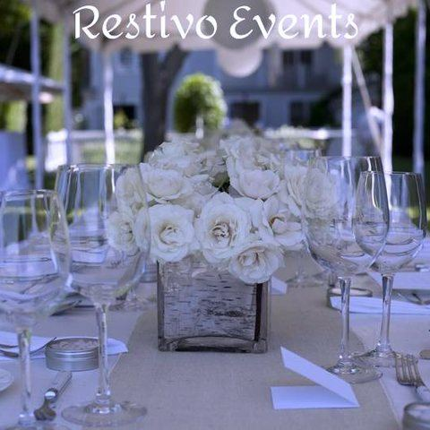 T6 - Stylish All White Hamptons Wedding Event